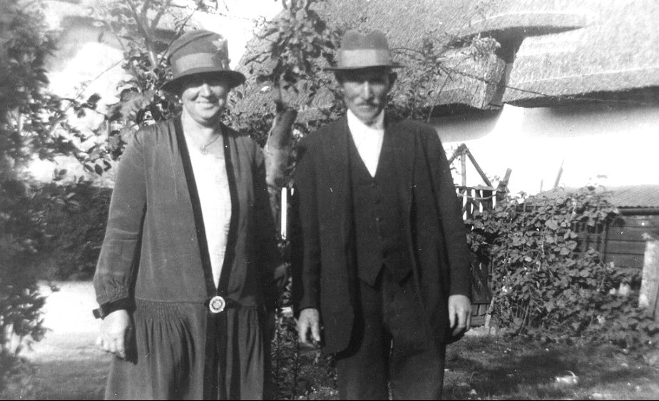 1922 mrs and mr macky willett