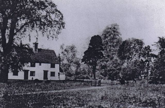 bacons Farm, Plantation Road