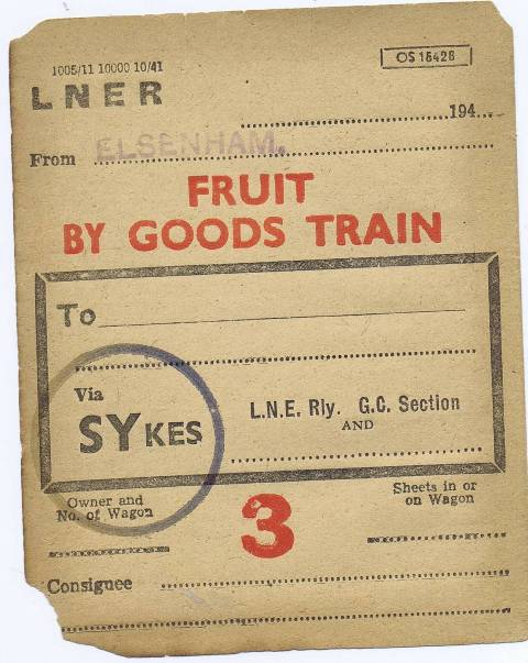 fruit label 1940s