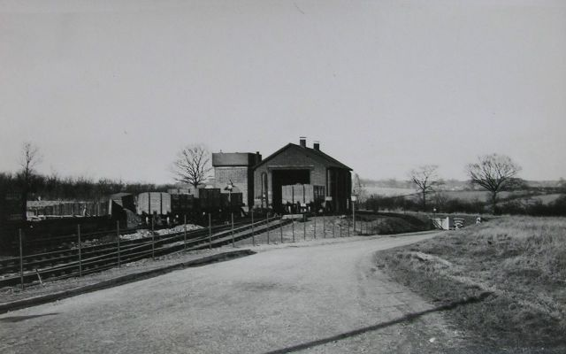 thaxted loco shed 1937